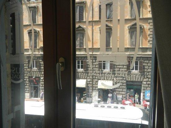 Relais Forus Inn: view at Via Cavour