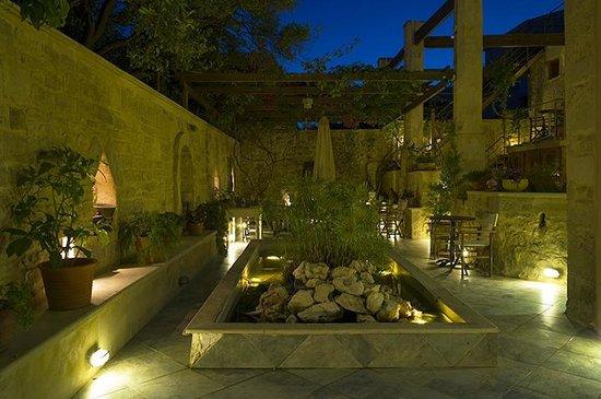 Casa Vitae Hotel: Casa Vitae Courtyard 06.06.13
