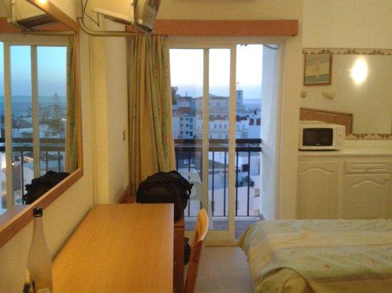 Hotel Vila Recife : our room.