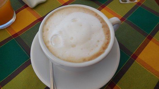 B&B Tra Sole e Mare: Il cappuccino super!