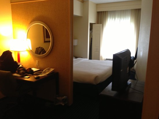 SpringHill Suites Savannah Airport: King Bed Room