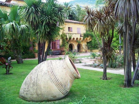For t de bambou picture of jardin botanique et exotique for Jardin foret