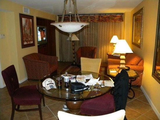 The Grandview at Las Vegas: living room