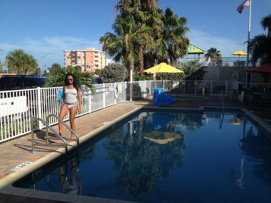 Treasure Bay Resort & Marina: My wife before entering the pool early in the morning