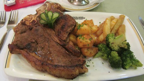 Safari Hotel: T Bone steak looks yummy but .......