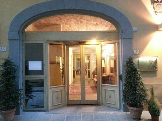 Hotel Art Atelier: ingresso
