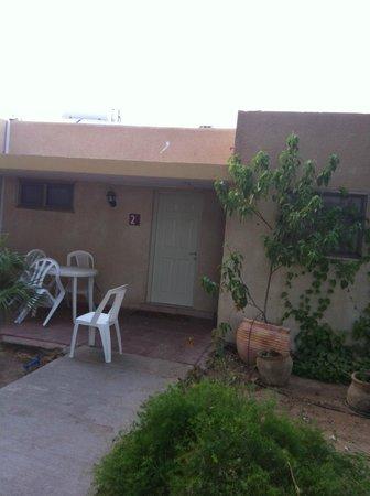 Kibbutz Eilot : Room outside
