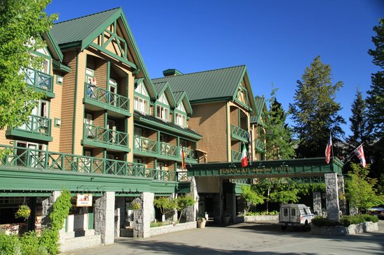 Pinnacle Hotel Whistler Reviews