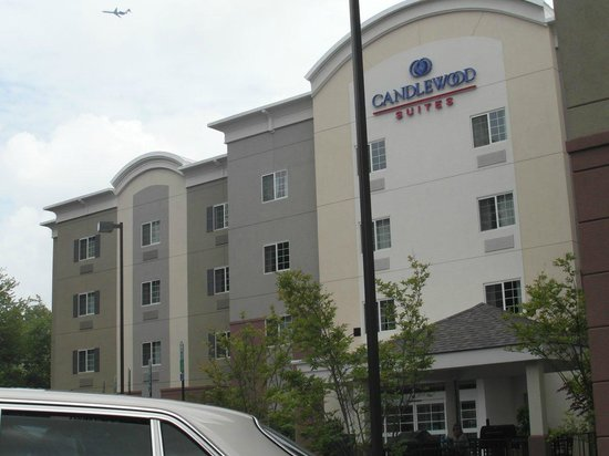 Candlewood Suites Arundel Mills / BWI Airport : Modern building