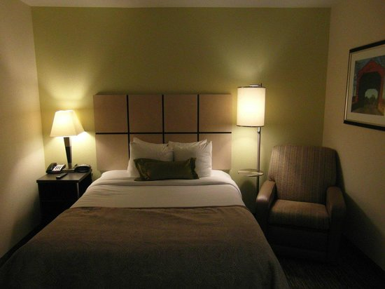 Candlewood Suites Arundel Mills / BWI Airport : Super comfy bed
