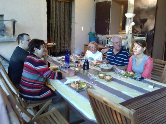 Notre Dame-de-l'Osier, France: Dinner with the family
