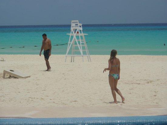 Sunset Fishermen Spa & Resort: La playa y sus bellezas.