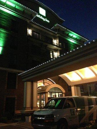 Holiday Inn Midland: Entrance
