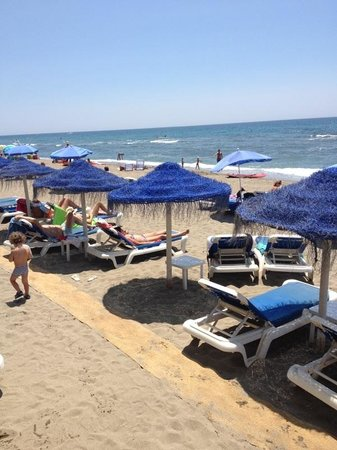 Victor's Beach Bar : Victors playa