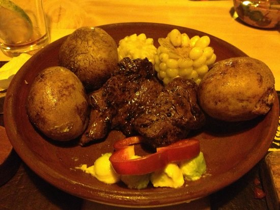 Quilombo: Steak + Roasted Corn + Bell Pepper + Avocado