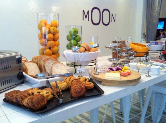 Moon 23 Hotel : Breakfast Spread