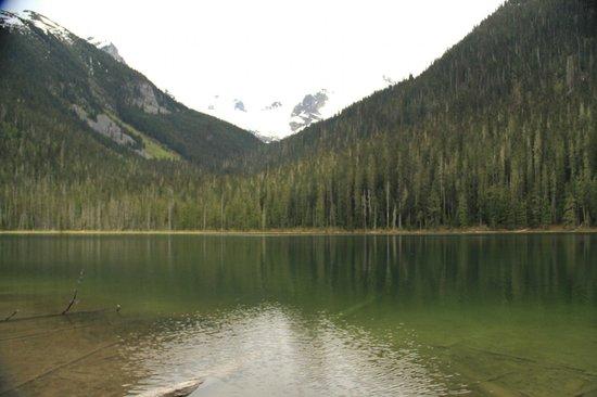 Joffre Lakes Provincial Park: Joffre Lake