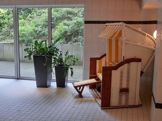 Mercure Hotel Düsseldorf Kaarst: Erholung am Pool