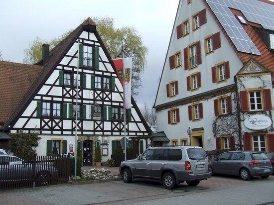 Hotel Restaurant Lohmühle: La facciata dell'Hotel