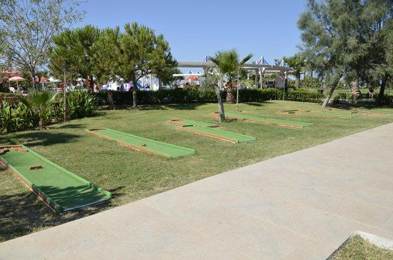 Club Calimera Serra Palace : Mini golf