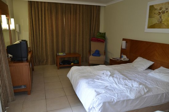 Club Calimera Serra Palace: Chambre familiale (parents)