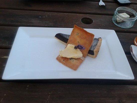 The Stackpole Inn Restaurant: Chocolate and lavendar tart