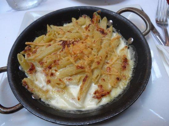 Mac & cheese at University Cafe