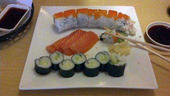 Hanayori Japanese Restaurant : Sushi and Sashimi
