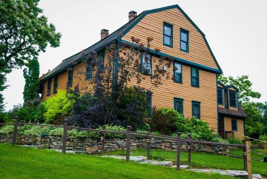 Captain Grant's, 1754: Captain Grant's Main House