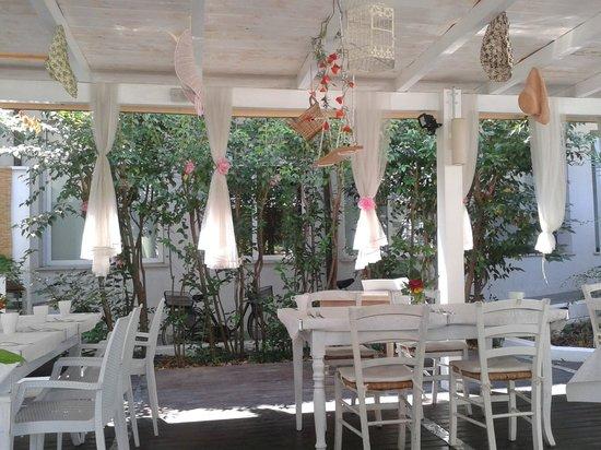 Veranda del ristorante picture of chicco di grano cesenatico