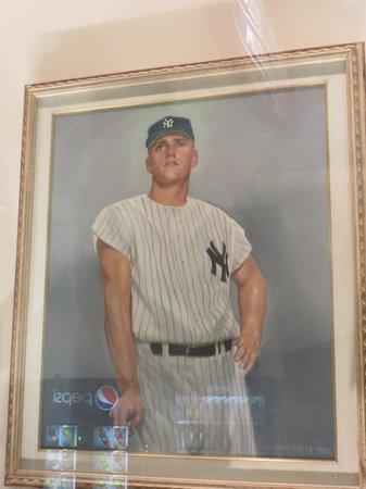 Roger Maris Museum : Portrait of Roger Maris, 1960s New York Yankees
