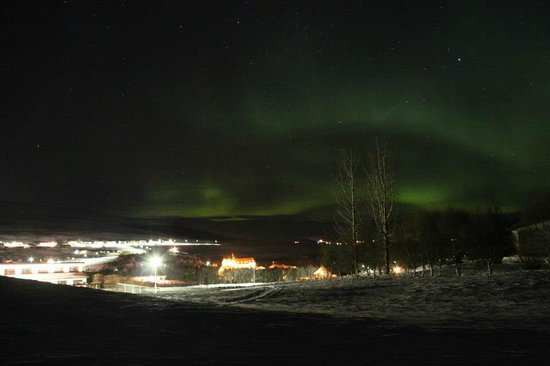 Laugar Guesthouse: Our guesthouse and the Northern Lights