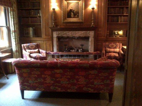 Covent Garden Hotel: The Honesty Bar