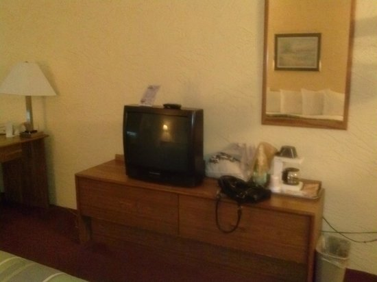 Motel 6 Bridgeview: television