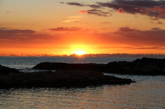 Marriott Ko Olina Beach Club: KoOlina Lagoon at Sunset, view from the room