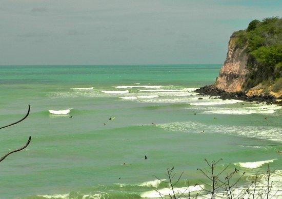 Surf Camp Pipa: a melhor paraia para surfar