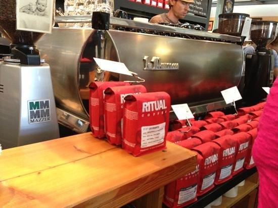 Ritual Coffee Roasters : custom made espresso machine