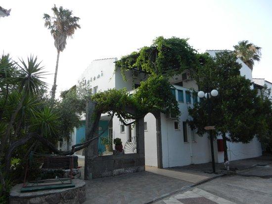 Malemi Organic Hotel: the entrance