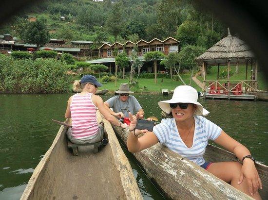 Bunyonyi Overland Resort: fun on the lake