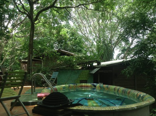 Mt. Pelier Cottages: Pool and bedrooms