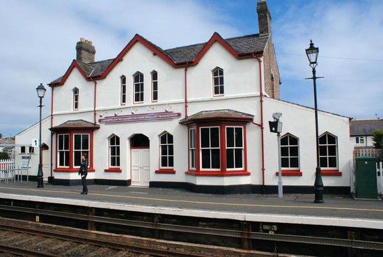 Llanfairpwll Railway Station