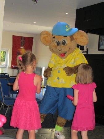 Monkey Tree Holiday Park: Fun with Funky Monkey!
