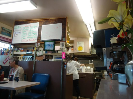 Sea J's Cafe: Interior of Sea J.'s Cafe