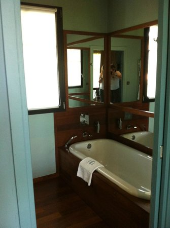 Hotel Ville d'Hiver: Bathroom No. 12