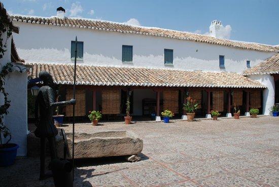 Venta del Quijote : Interior de la venta