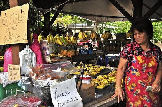 Massimo Sport Hawaii Tours: Fruit Stand