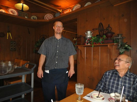 Dan'l Boone Inn Restaurant: Our ever effusive waiter, Jeremy