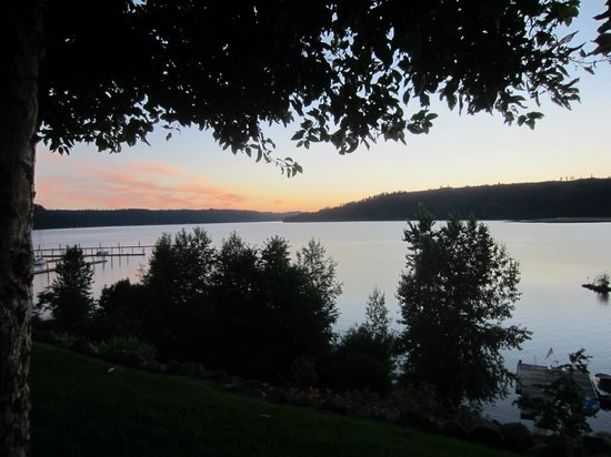 Corskie House B&B: View from back porch of Coeur d'Alene Lake