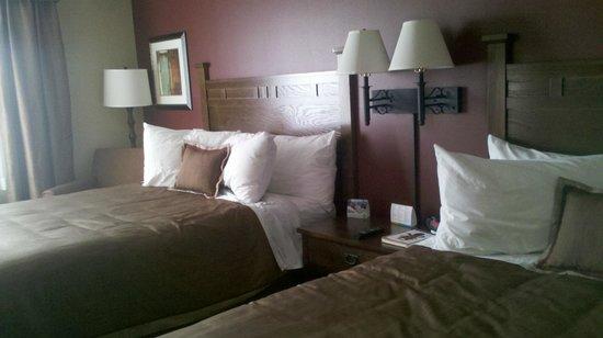 GrandStay Hotel & Suites Luverne: Comfortable beds