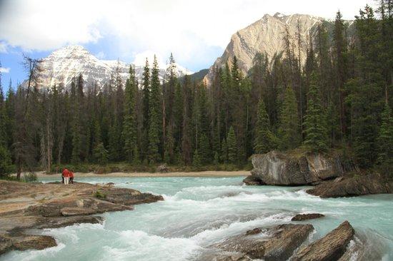 River approaching Natural Bridge